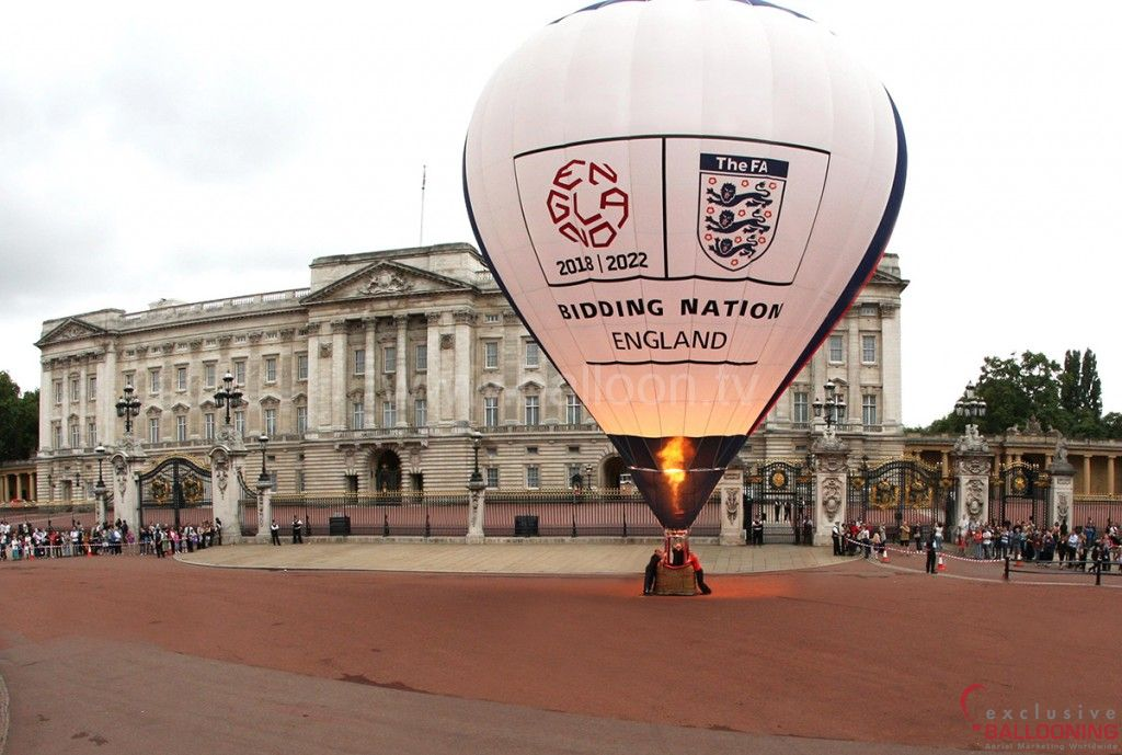 World Cup Bid at Buckingham Palace